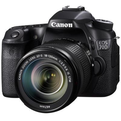 دوربین عکاسی کانن مدل eos 70dلنزstm 18 135 میلی متر